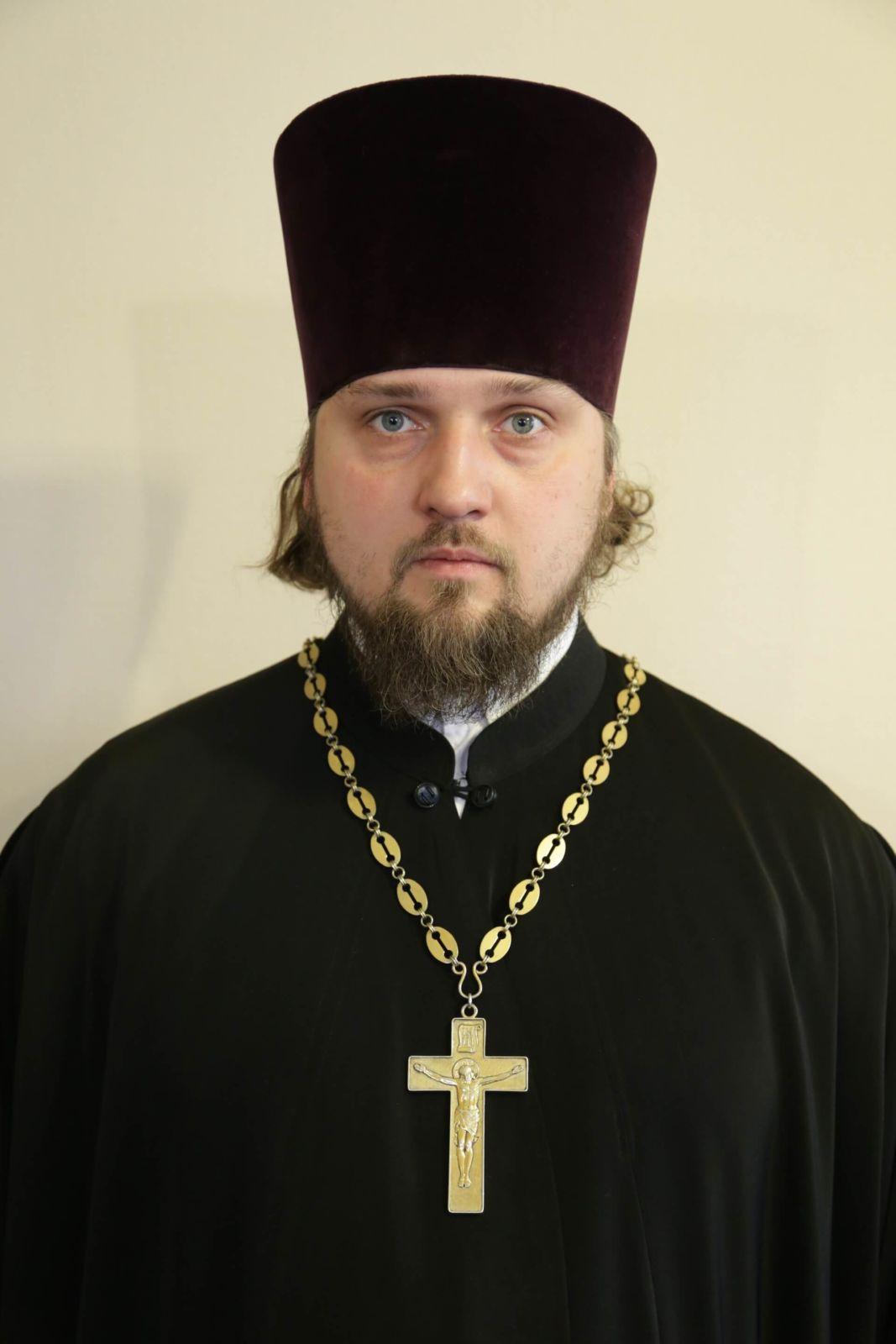 Протоиерей — Максим Станиславович Квасов